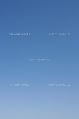 雲ひとつない青空の写真素材 [FYI00103735]