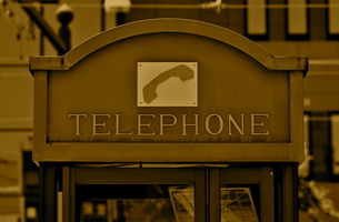 電話ボックスの写真素材 [FYI00105456]
