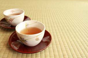 2杯のお茶の写真素材 [FYI00105692]