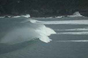 波の写真素材 [FYI00105723]