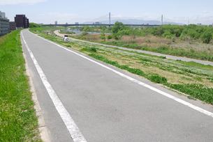 淀川河川敷の写真素材 [FYI00105826]