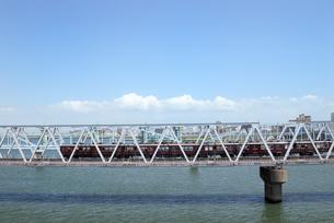 鉄橋の写真素材 [FYI00105843]