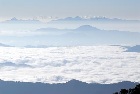 北アルプス雲海の写真素材 [FYI00105857]