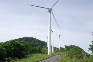 風力発電の風車の写真素材 [FYI00105929]