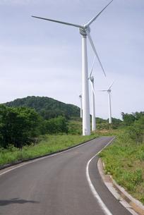 風力発電の風車の写真素材 [FYI00105931]