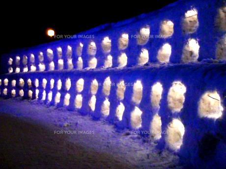 雪のゲートの写真素材 [FYI00105979]