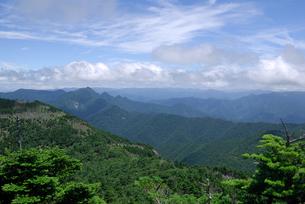 大峰山脈の夏の写真素材 [FYI00105985]