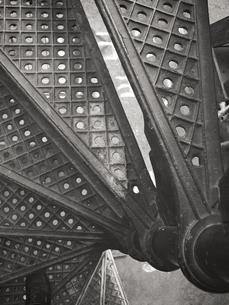 螺旋階段のクローズアップの写真素材 [FYI00106705]
