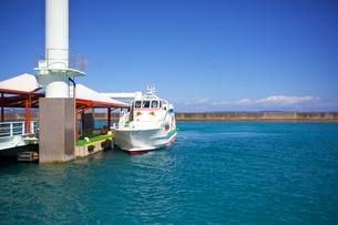 久高島の港の写真素材 [FYI00106952]