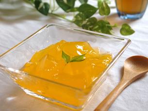 オレンジゼリーの写真素材 [FYI00108929]