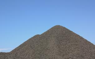 砂利の山の素材 [FYI00109039]