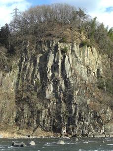 利根川と岩山の写真素材 [FYI00109125]