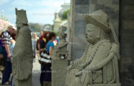 王宮の石像の写真素材 [FYI00109427]