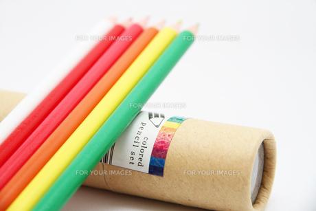 暖色系の色鉛筆2の写真素材 [FYI00110248]