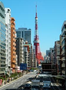 東海道の町並み 高輪から見た東京タワーの写真素材 [FYI00110441]