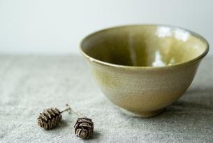 陶芸茶碗の写真素材 [FYI00111006]