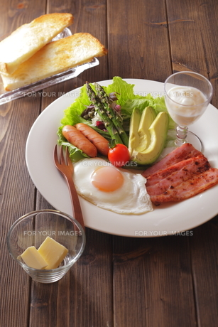 朝ごはんイメージの写真素材 [FYI00111297]