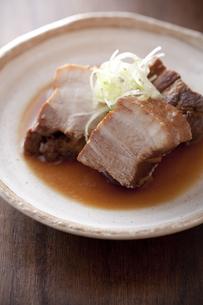 豚の角煮の写真素材 [FYI00111382]