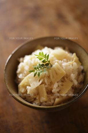 筍ご飯の写真素材 [FYI00111593]