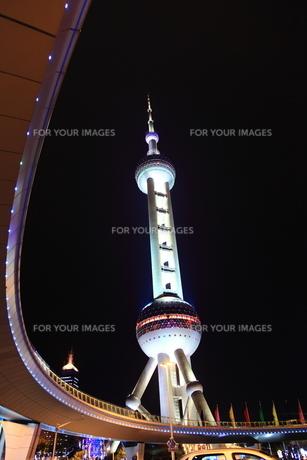 東方明朱広播電視塔の写真素材 [FYI00112154]