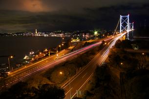 関門海峡の夜景の写真素材 [FYI00112796]