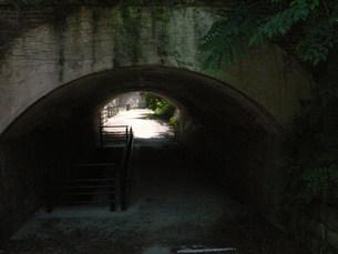 大久野島の廃墟トンネルの写真素材 [FYI00113035]