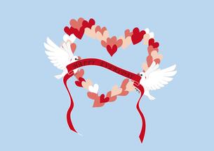 ハートとリボンをくわえた2羽の白い鳩の素材 [FYI00113823]