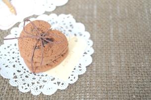 ハートのクッキーの写真素材 [FYI00114417]