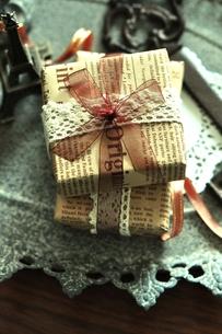 贈り物の写真素材 [FYI00114702]