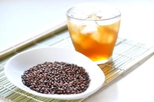 麦茶の写真素材 [FYI00114705]
