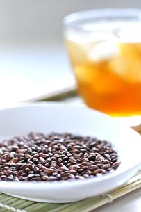 麦茶の写真素材 [FYI00114710]