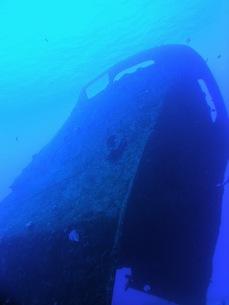 ロタ島の沈船「松運丸」の写真素材 [FYI00115042]