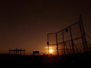 野球場の夕焼けの写真素材 [FYI00115070]
