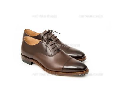 男性用の茶色い革靴の写真素材 [FYI00115252]