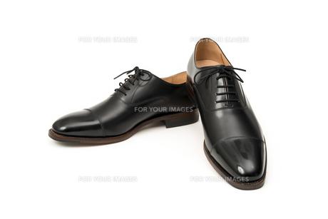 男性用の黒い革靴の写真素材 [FYI00115263]