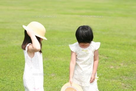 遊ぶ子供の写真素材 [FYI00116510]