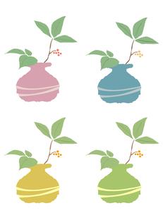 壺に挿した木の枝4色セットの写真素材 [FYI00116871]