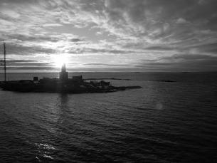 船から見た夕日の写真素材 [FYI00116940]