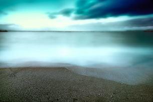 海 波 砂浜の素材 [FYI00117147]