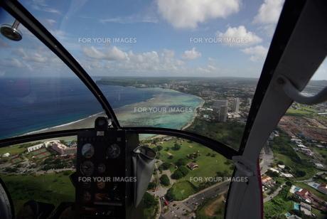 ヘリコプターからの絶景の写真素材 [FYI00117394]