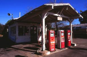 ガソリンスタンドー50年代の写真素材 [FYI00117864]