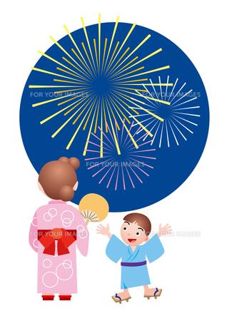 花火にはしゃぐ子供の写真素材 [FYI00118762]