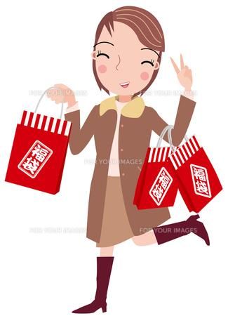 福袋を買う女性の写真素材 [FYI00118830]