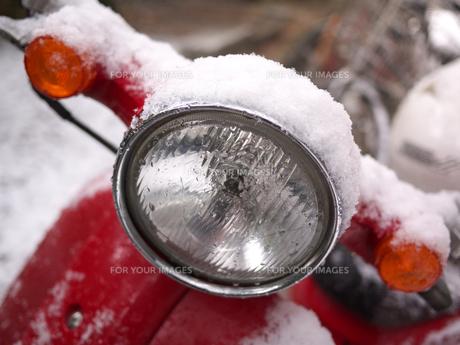 赤いバイクの写真素材 [FYI00119887]