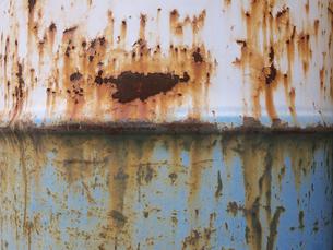 ドラム缶の錆びの写真素材 [FYI00119960]