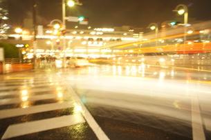 駅前交差点の写真素材 [FYI00121105]