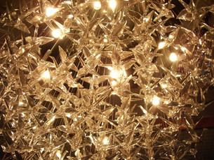 折りヅルのシャンデリアの写真素材 [FYI00121289]