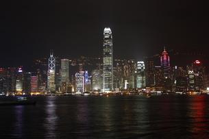 香港 香港島の夜景・尖沙咀よりの写真素材 [FYI00121291]