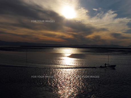 有明海の夕日の写真素材 [FYI00121740]