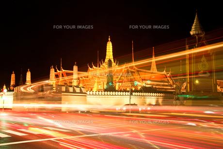 夜の光の写真素材 [FYI00123221]